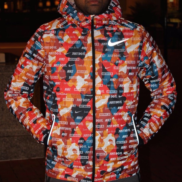 promo code ce31f 4b17e Nike Shield Ghost Flash. The Nike Shield Ghost Flash Men s Running Jacket  ...